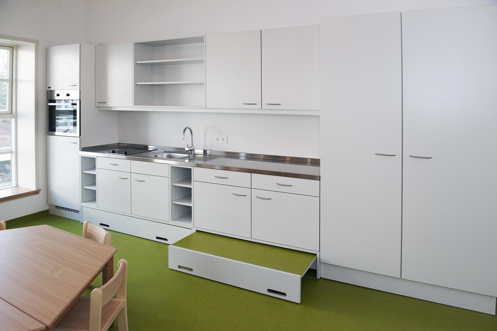 Koepke und Koepke Kita Küche 01